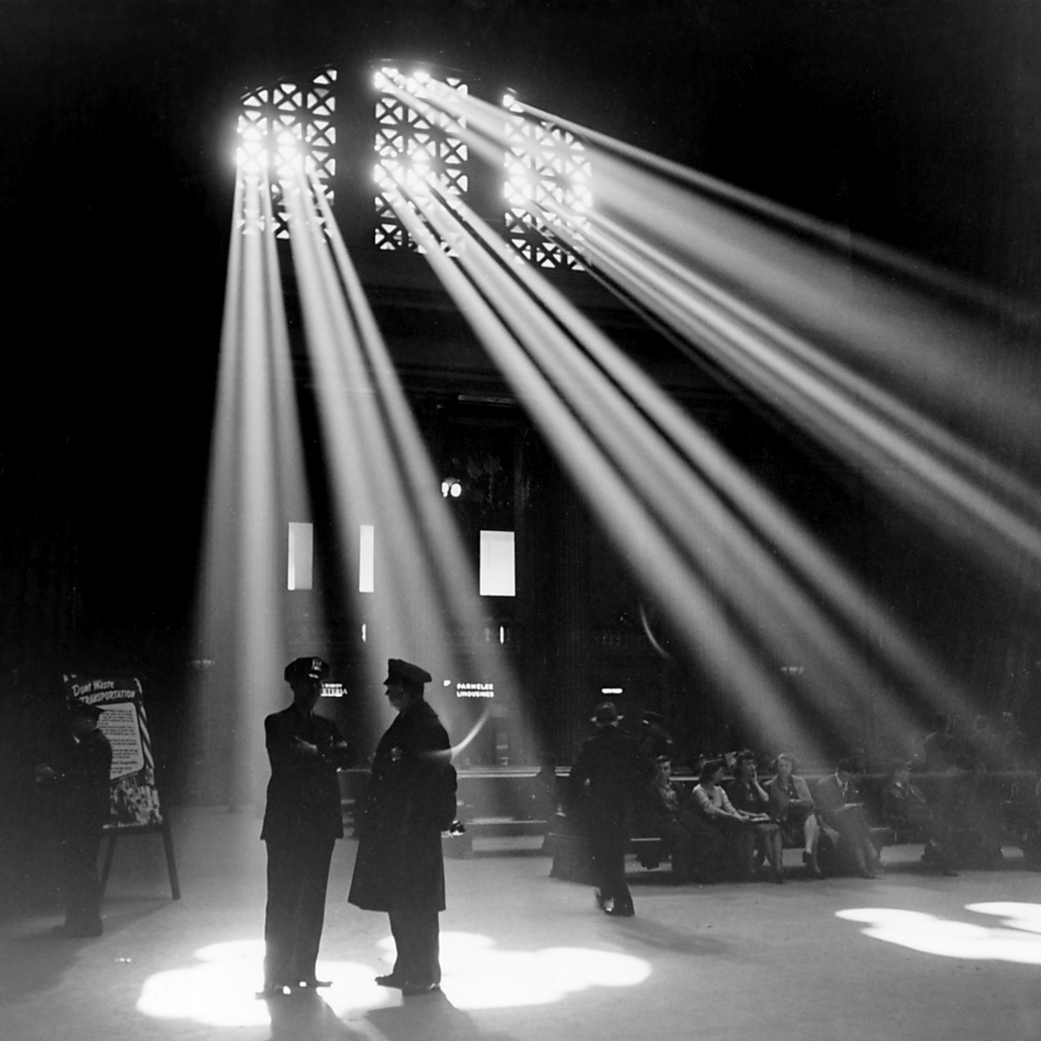 The waiting room of the Union Station in Chicago, Illinois